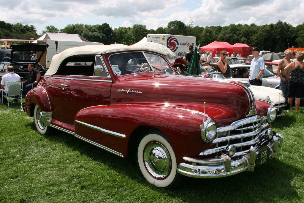 https//flic.kr/p/6K4ViT 1948 Pontiac Silver Streak