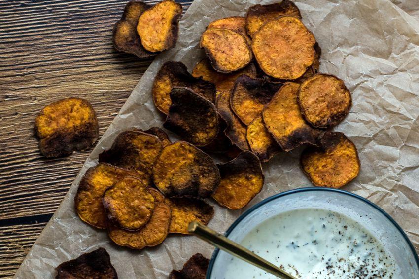 Чипсы из батата 👌 рецепт с фото пошаговый | Национальная ...