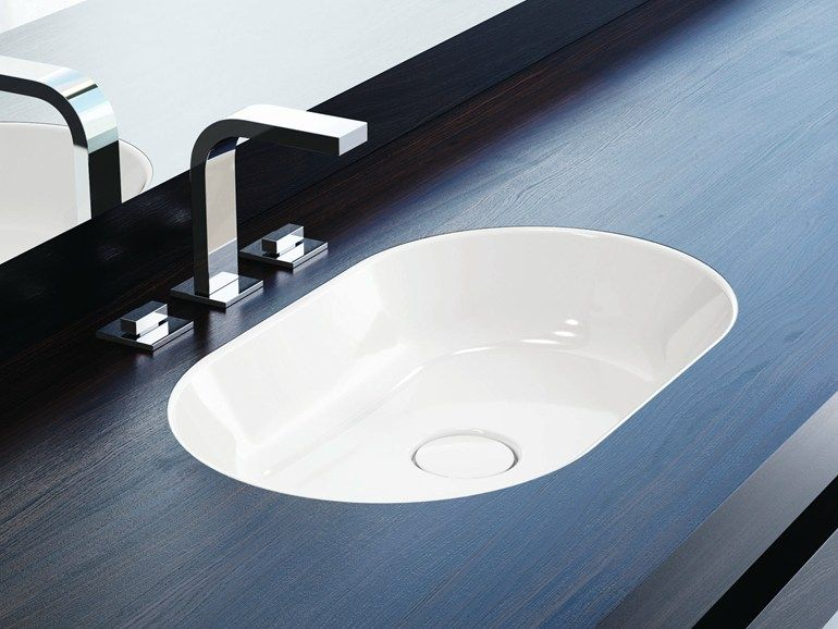 Undermount oval enamelled steel washbasin CENTRO