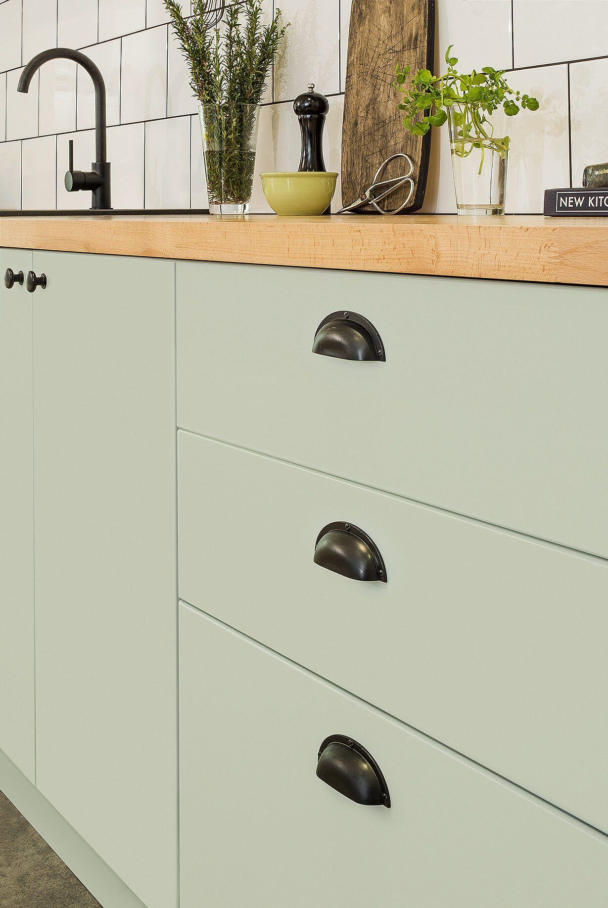 retro style kaboodle kitchen flatpack kitchen kaboodle kitchen bunnings home decor on kaboodle kitchen layout id=47492