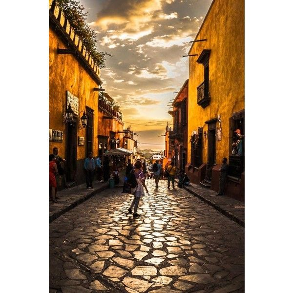 CALLE AL ATARDECER ❤ liked on Polyvore featuring mexico and pictures