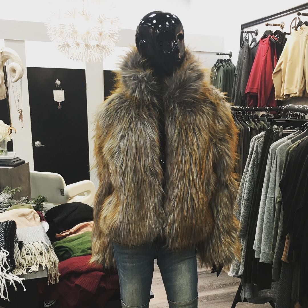 Can you believe you can get this FABULOUS jacket for 40% off today ?! The sale ends at MIDNIGHT so USE CODE: COATS40 before it's too late! Jackie Faux Fur Jacket