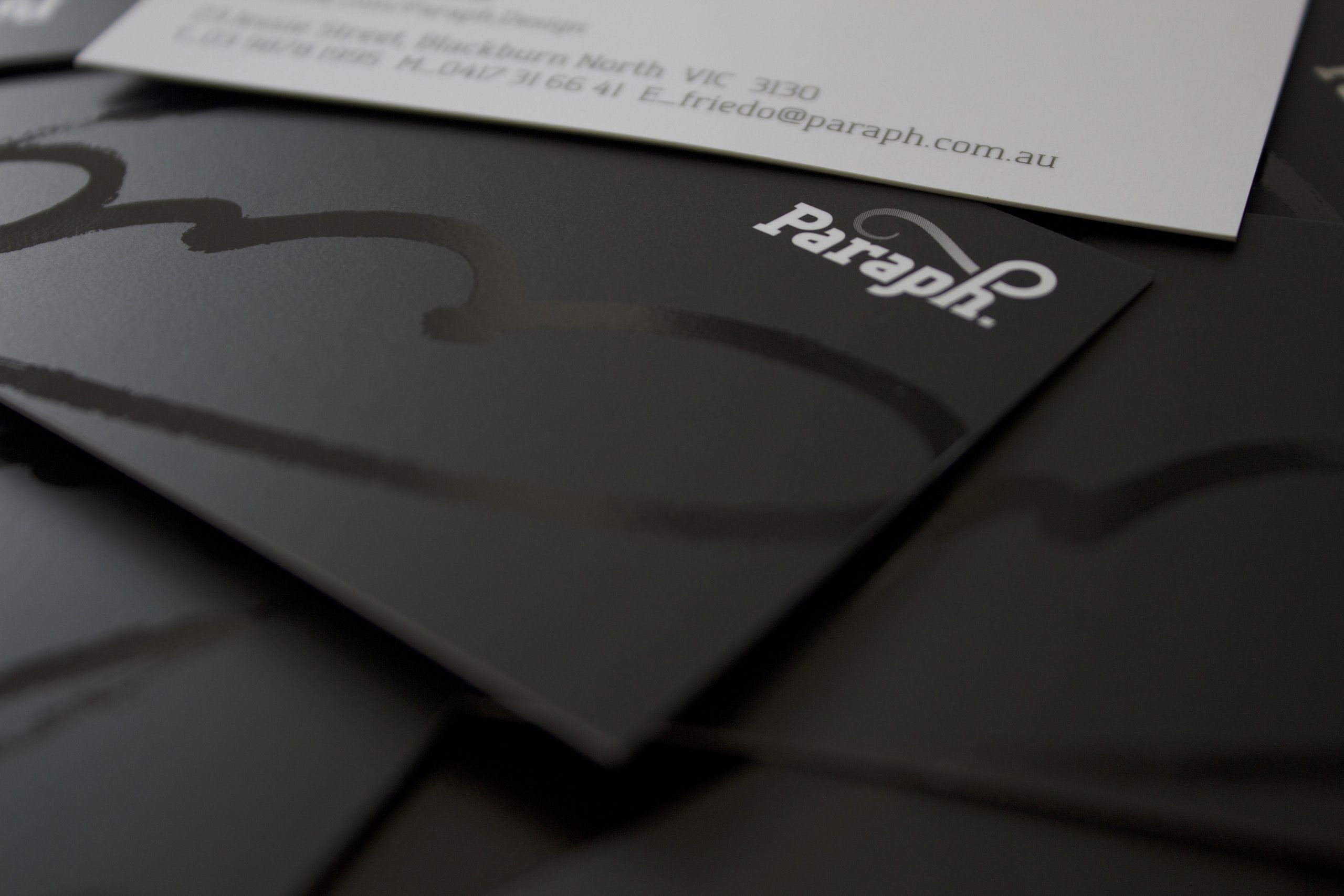 Logo on printed business card with a UV varnish highlight ...