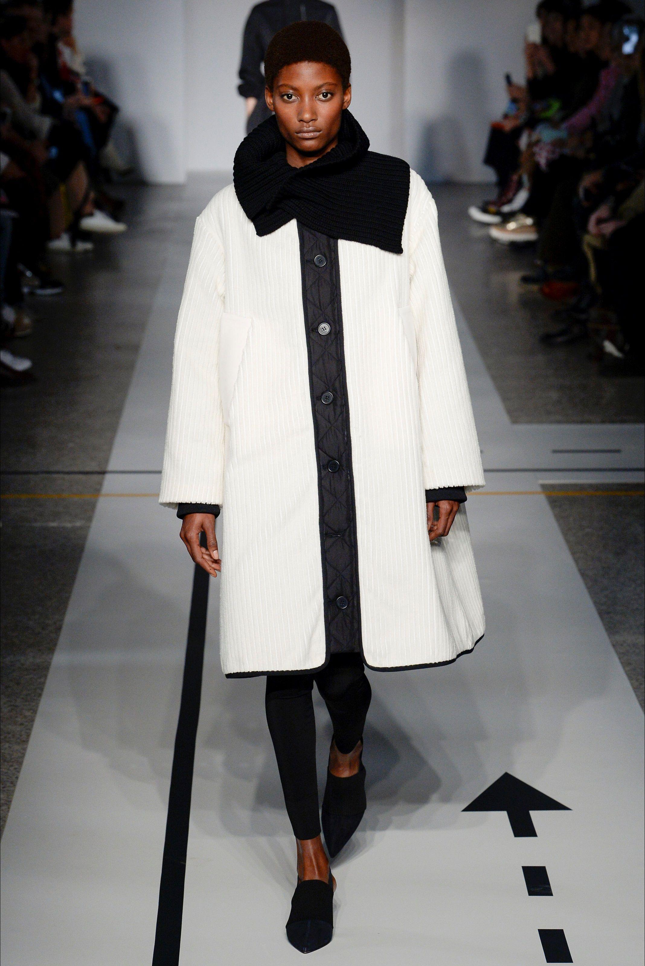 61f7e5f312 Sfilata Sportmax Milano - Collezioni Autunno Inverno 2017-18 - Vogue ...