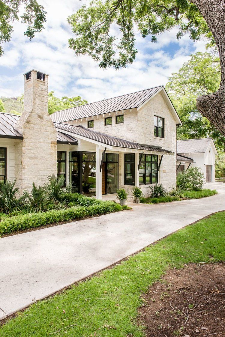 Friday Inspiration Roundtop And Red Ledges Studio Mcgee Modern Farmhouse Exterior House Designs Exterior House Exterior