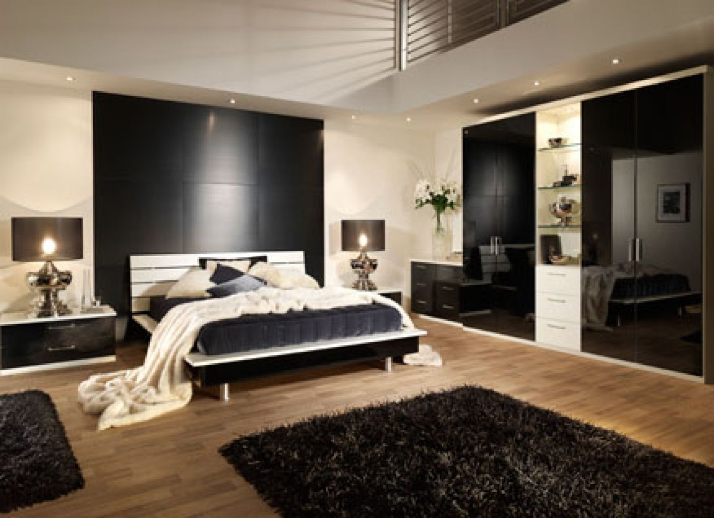 Charmant Black Contemporary Bedroom Furniture, Any House Consist Of Many Bedrooms At  Least 2 Bedrooms. Other Houses Have 5 Or 10 Bedrooms.