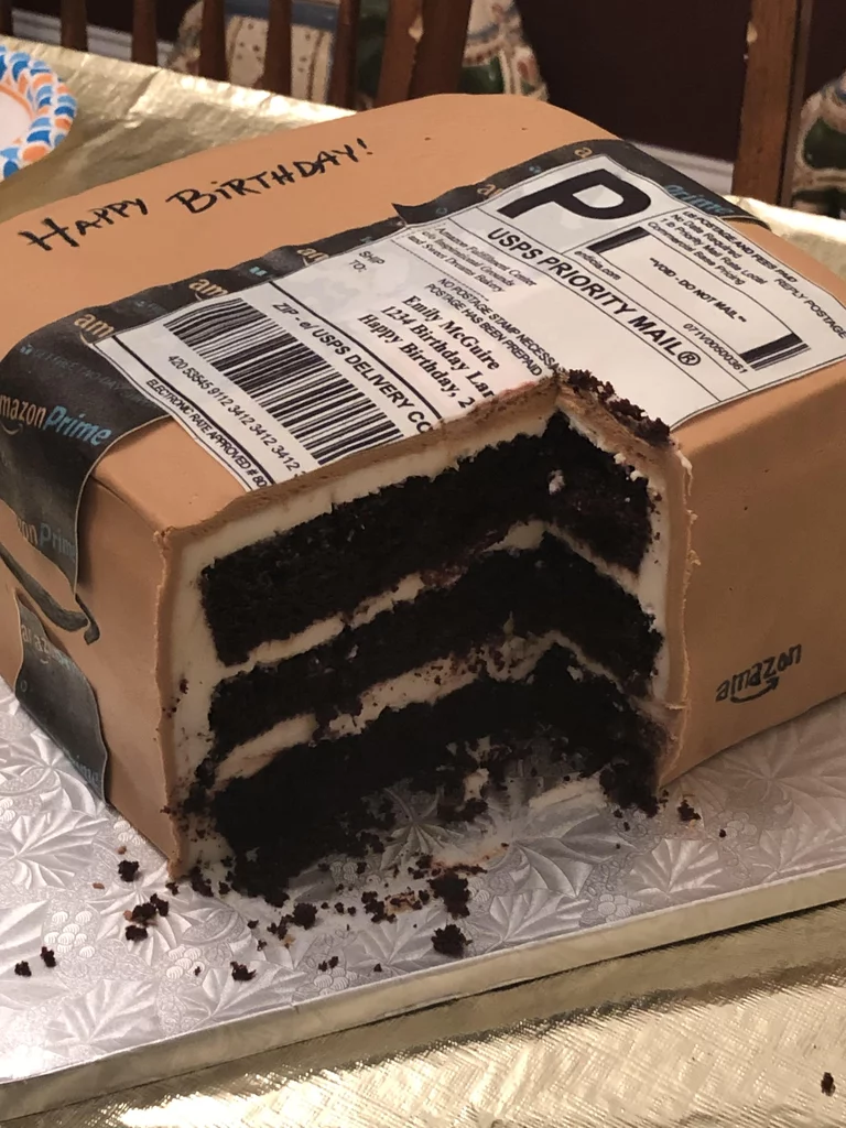 Pleasant 1 Husband Gave His Wife A Custom Amazon Box Cake For Her Birthday Funny Birthday Cards Online Overcheapnameinfo