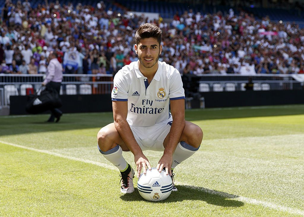 Marco Asensio Of Real Madrid Poses During His Official Presentation Real Madrid Madrid Asensio