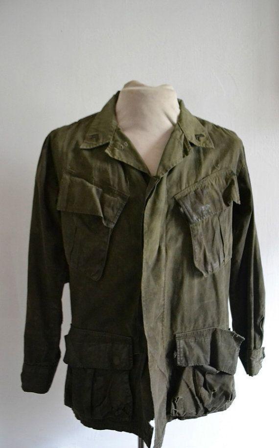1960's military khaki jacket weathered // Small par SanforizedParis, €50.00 #militaryjacket #weathered #khaki #men