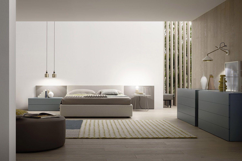 Moderne Schlafzimmermöbel Mit Einer Klaren Linie Gibt Es Von