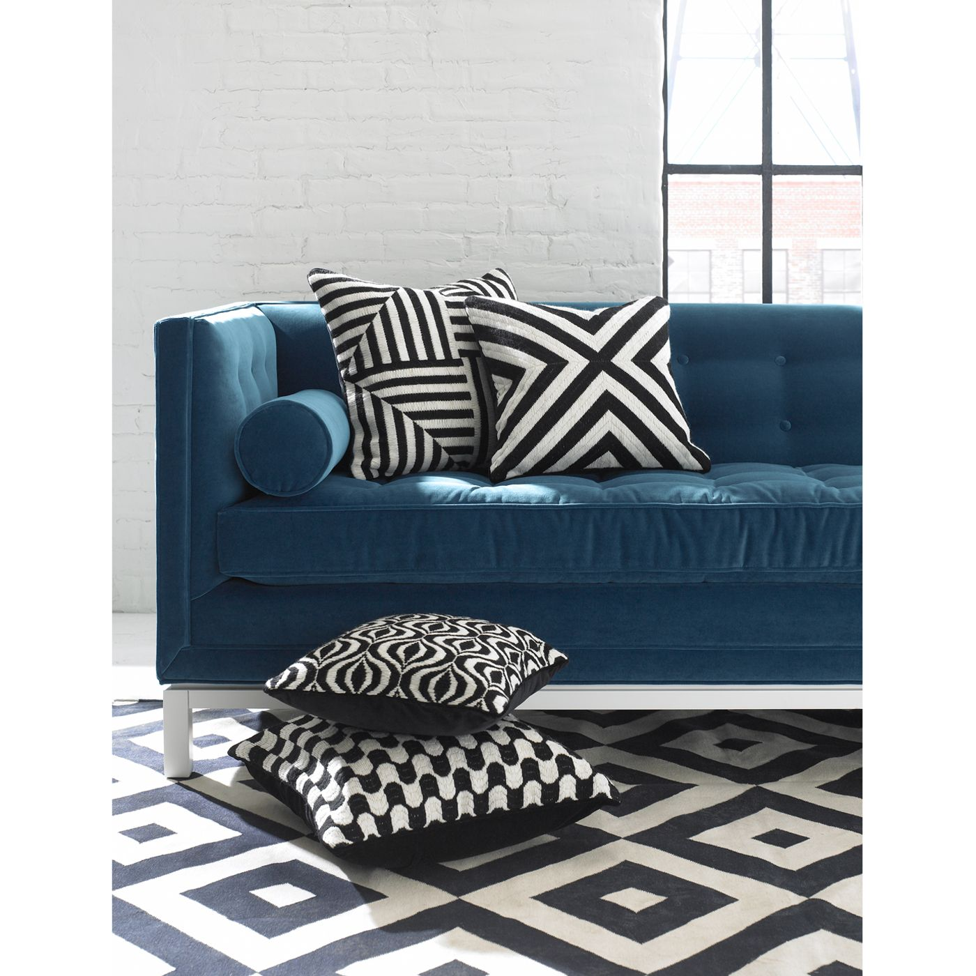 Black And Whtie Pillows Rug With A Teal Couch Black And White Sofa Black And White Pillows Blue Sofa