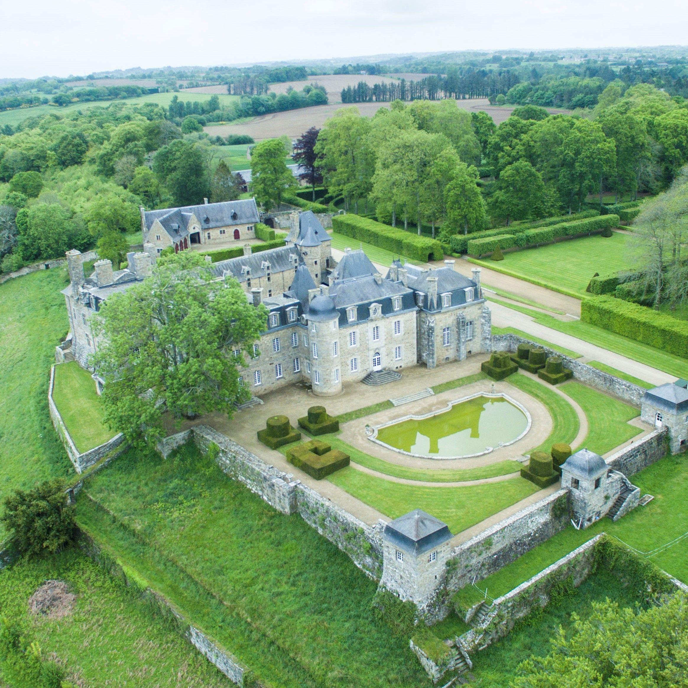 Guide des Châteaux 2020 Chateau france, Les chateaux de