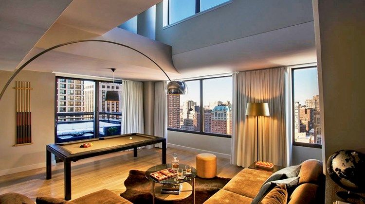 Windy City Whirlwind Chicago A Hotel Boomtown Travel Weekly