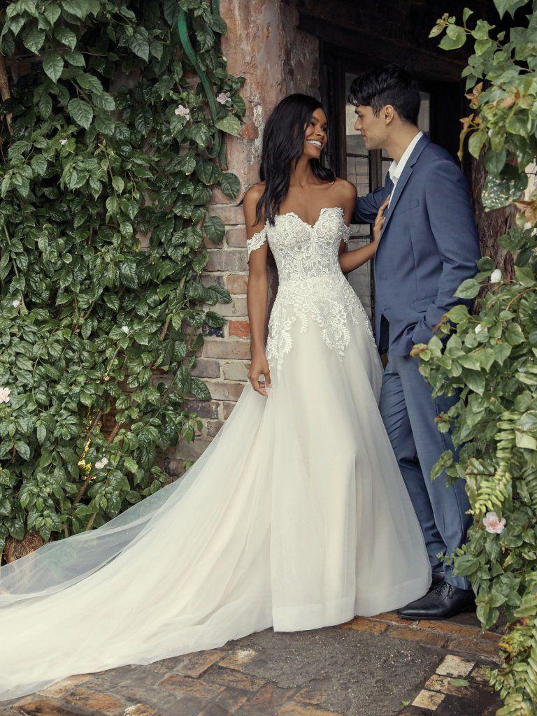 A Breath Taking Off The Shoulder Wedding Dress Offtheshoulderweddingdress Fairytaleweddingd Princess Wedding Dresses Wedding Dresses Wedding Dresses Corset [ 1024 x 768 Pixel ]