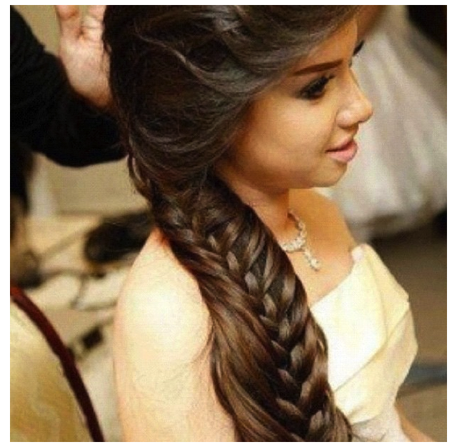 Nice hairstyle for prom!