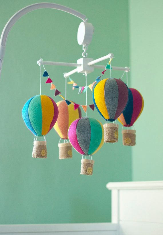 Hot Air Balloon baby crib mobile balloon nursery от NicoAndMaddie