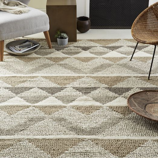 Knotted Triangle Wool Rug 8 X10 Neutral