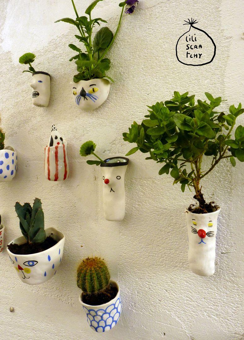 lili scratchy wall planters