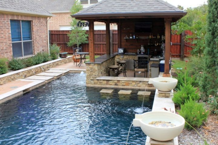 L Shaped Swimming Pools For Small Spaces With Seating Area Small Backyard Design Backyard Pool Designs Small Backyard Pools