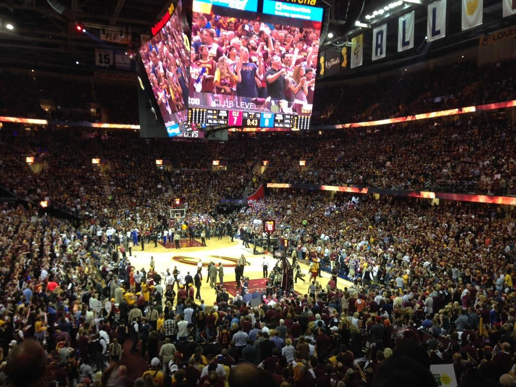 The Cavs pushing tempo.. Jumping out to the quick 7-0 lead. #ALLinCLE #NBAFinals