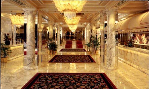 Golden Nugget Hotel Casino Las Vegas U S Golden Nugget Las