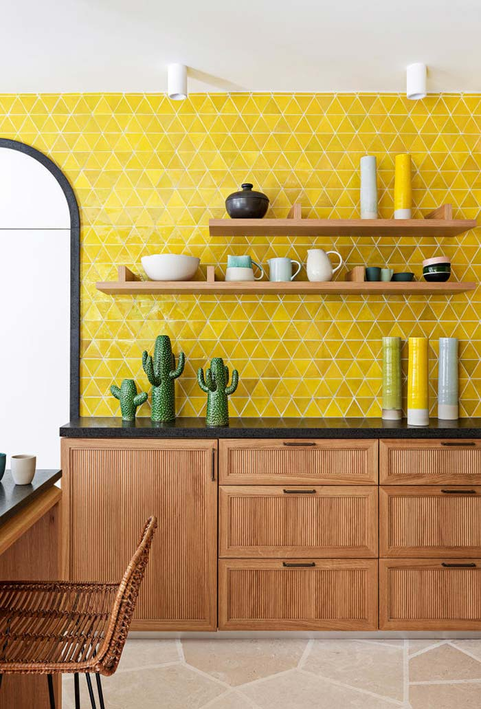 11 Trending Kitchen Accent Wall Ideas Tips Photos Accent Wall In Kitchen Yellow Kitchen Walls Kitchen Wall Tiles