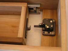 touch latch push lock