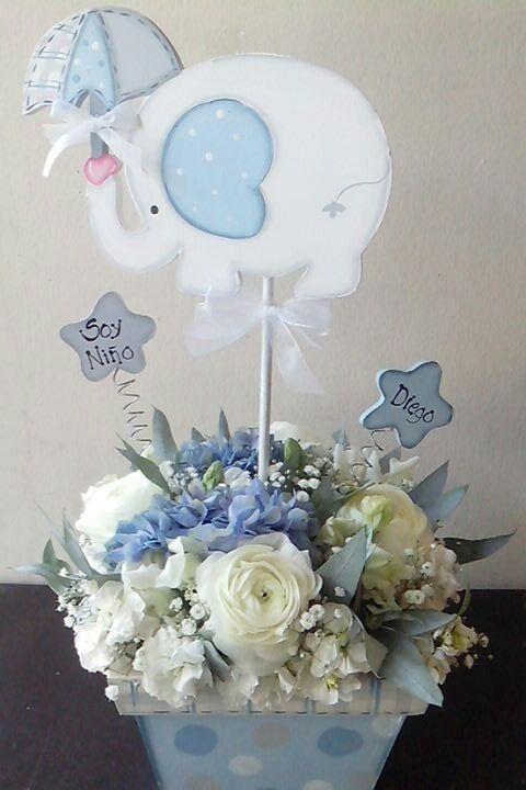 Baby Shower Crafts · #Centro De Mesa Con Elefante #Hortencias, Renaculus Y  Alelis
