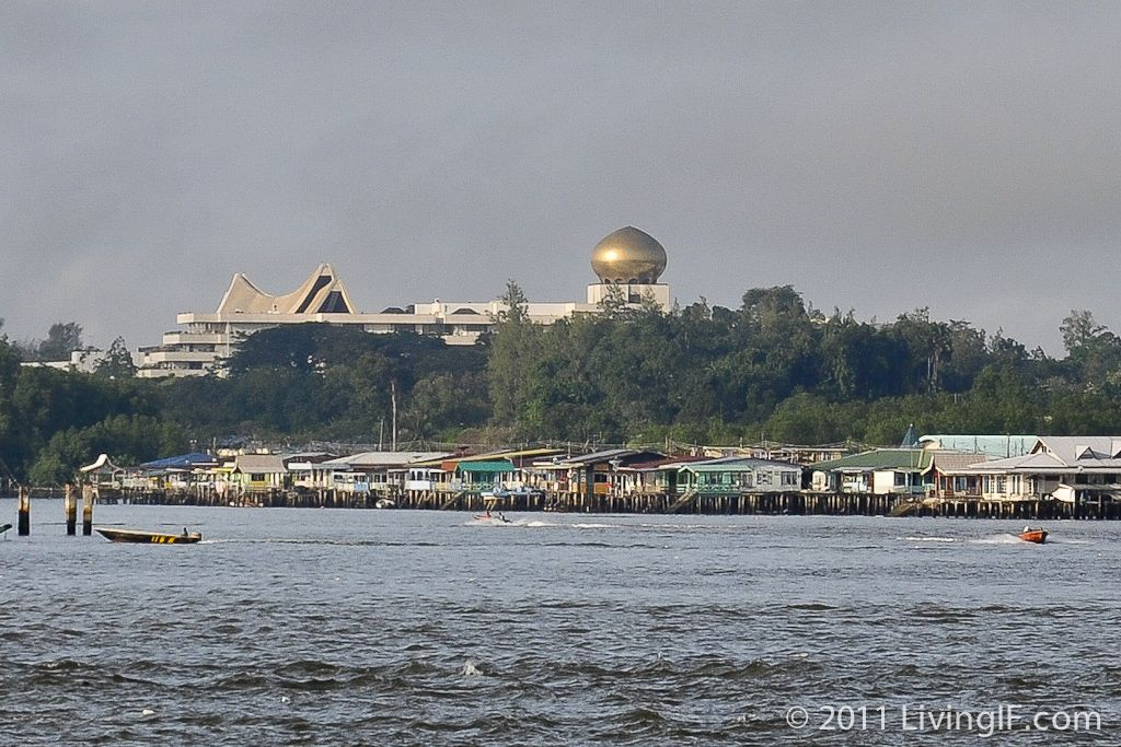 Living If Brunei Darussalam Travel Guide Royal Brunei Airlines Brunei Brunei Darussalam