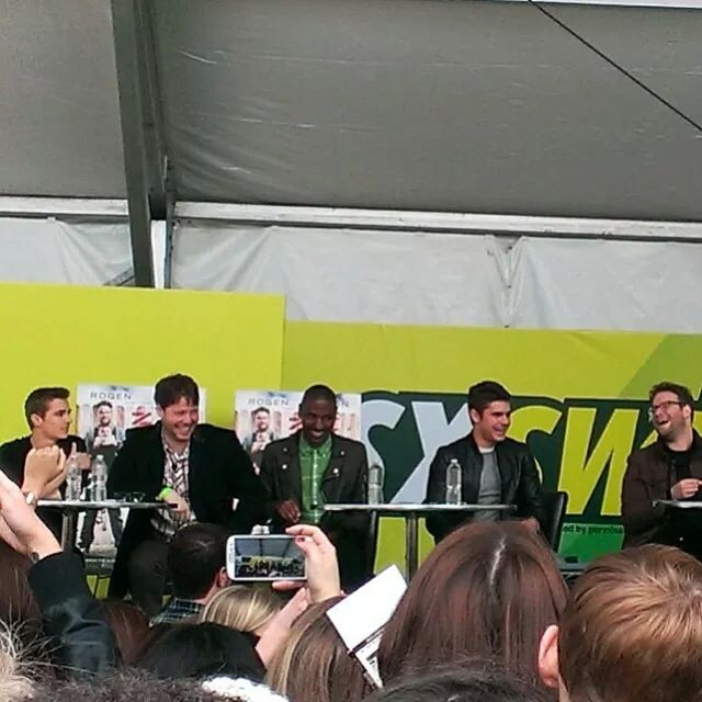 Dave franco zac efron and seth rogan at the neighbors qa at dave franco zac efron and seth rogan at the neighbors qa at south by southwest ugh i hated standing so far from them zac and seth i shall meet you m4hsunfo