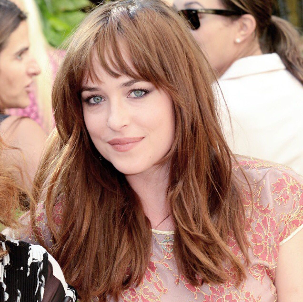 layered haircuts for faces pin by the 50 shades live on dakota johnson 1048