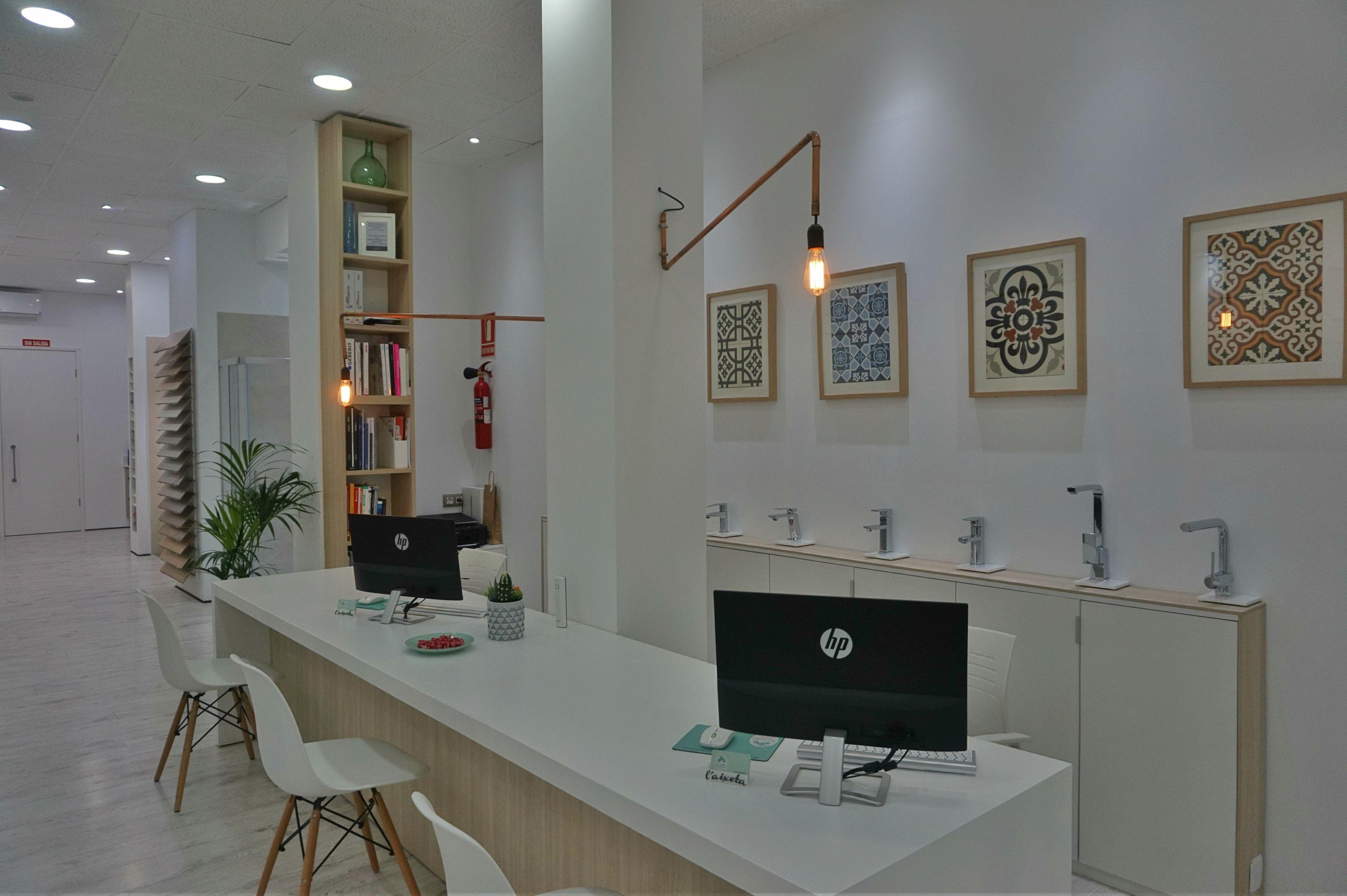 Showroom | Cuarto de baño, Proyectos