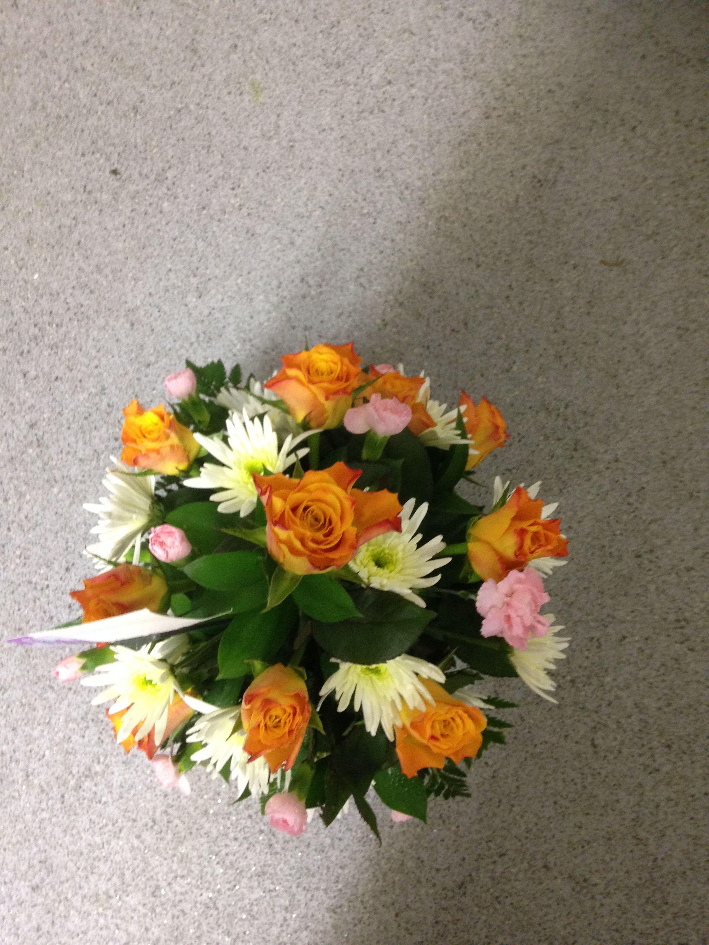 All round flower arrangement in a basket table arrangements all round flower arrangement in a basket izmirmasajfo