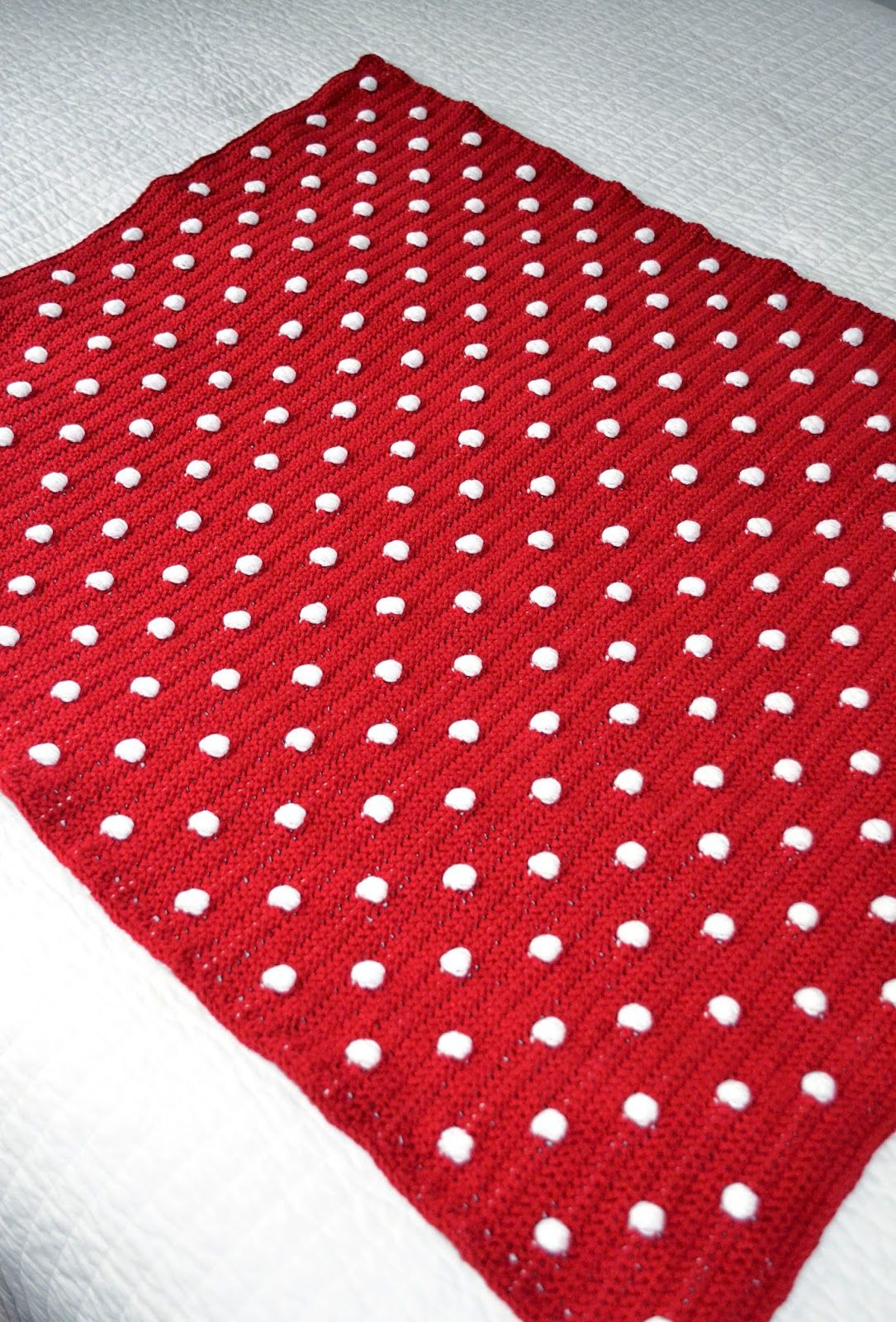 All Things Bright and Beautiful: Crochet Polka Dot Blanket Pattern