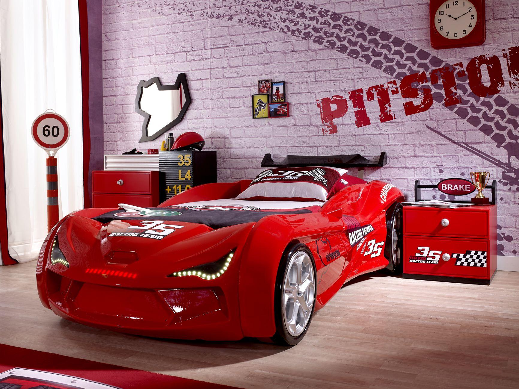 Hayallerindeki Son Model Spor Araba Işte Karşında üstelik şimdi