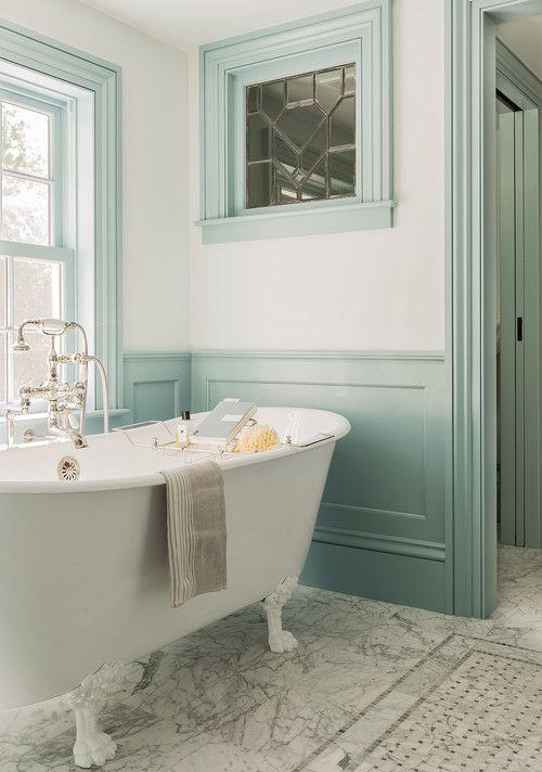 Bon Claw Foot Tub In Colonial Farmhouse Bathroom