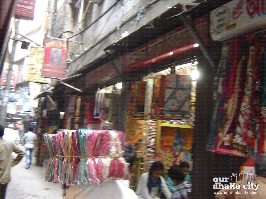 The biggest clothes market of Bangladesh is Islampur Clothes