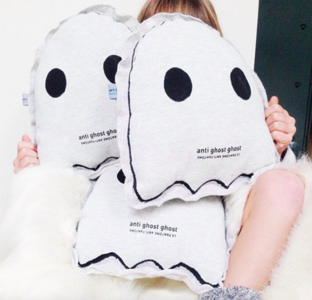 ghost pillow ☆