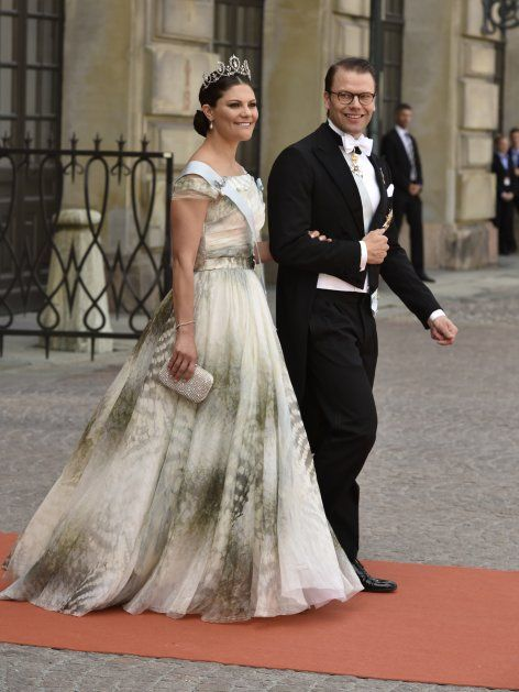 Victoria Madeleine Von Schweden So Schon Bei Der Hochzeit Ihres Bruders Prinzessin Victoria Von Schweden Prinzessin Victoria Victoria