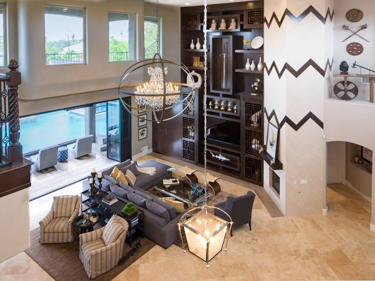 Before And After The Property Brothers Las Vegas Home Property Brothers At Home Property Brothers Great Rooms