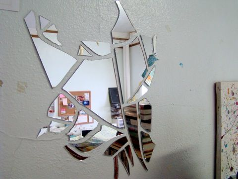 how to put a mirror up