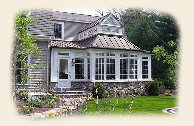 A Greenhouse On The Front Of A Dutch Colonial Home Desain Rumah Rumah Desain