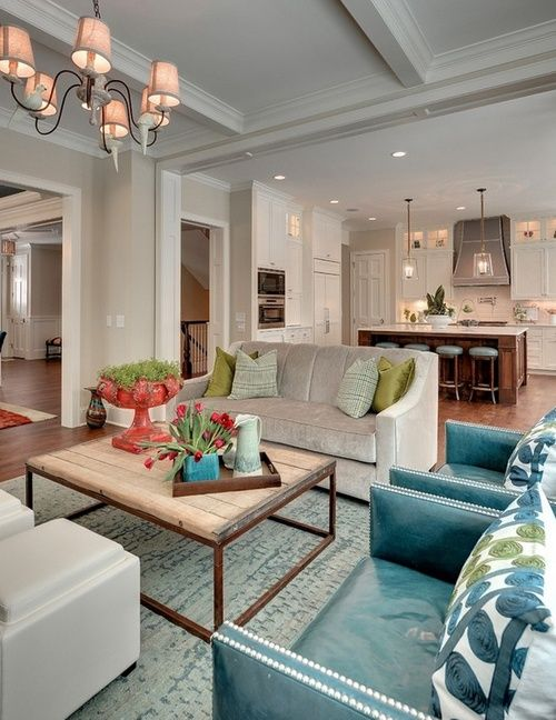 Exceptional Open Concept. Sofa, 2 Chairs, And Storage Ottomans That Double As Seating  If Needed.