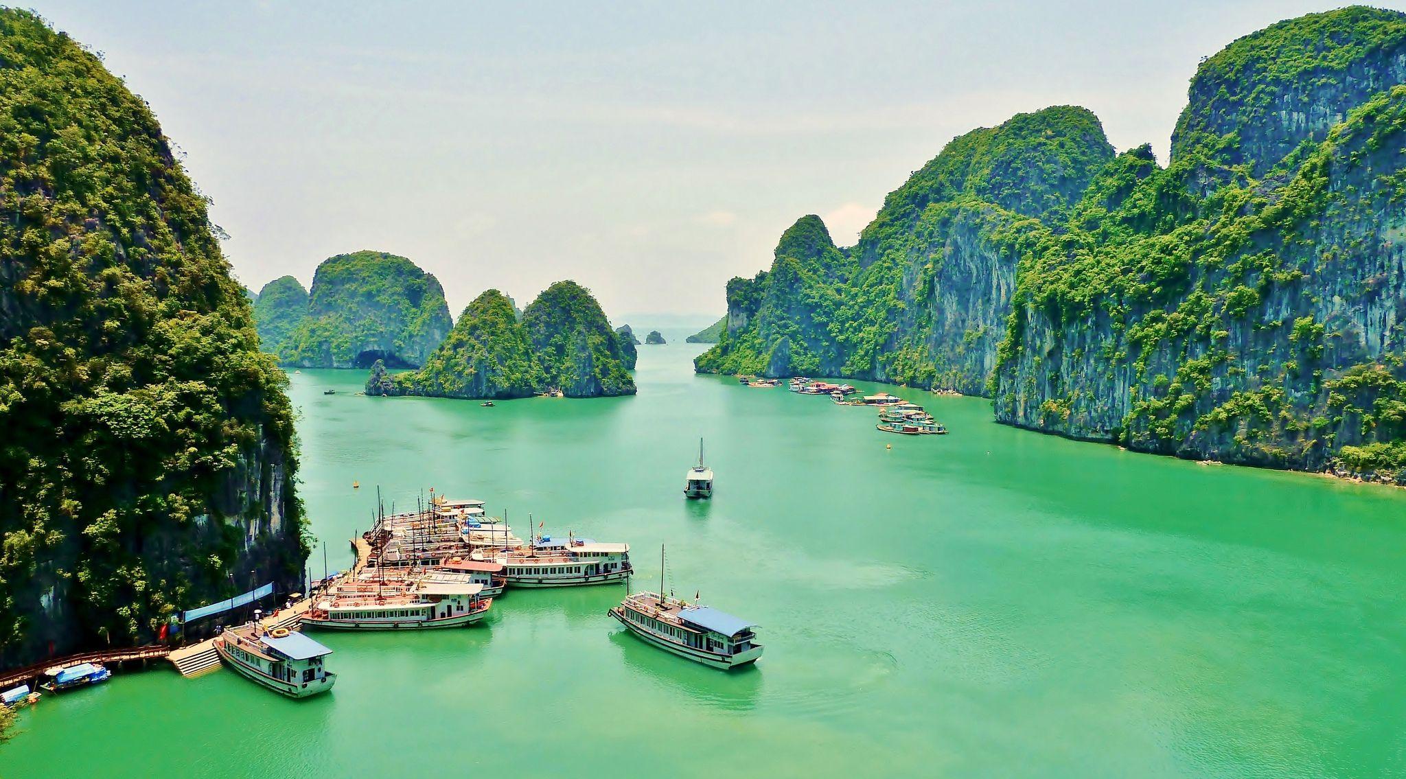 Vịnh Hạ Long Quảng Ninh Việt Nam Vinhhalong Travel Vietnam Tours Du Lịch Việt Nam