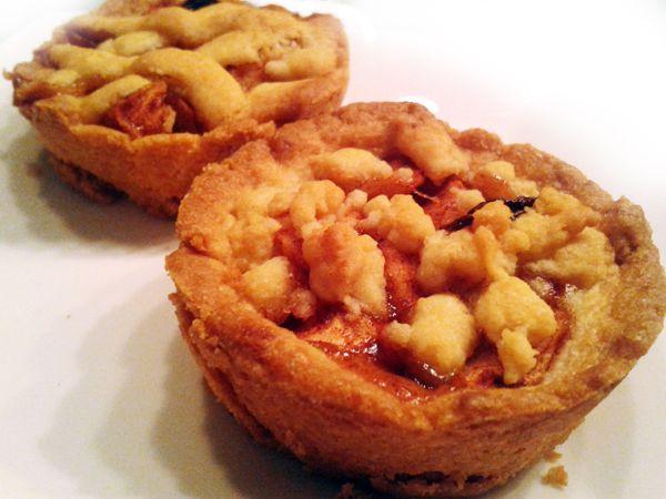 Appeltaartjes in muffin blik