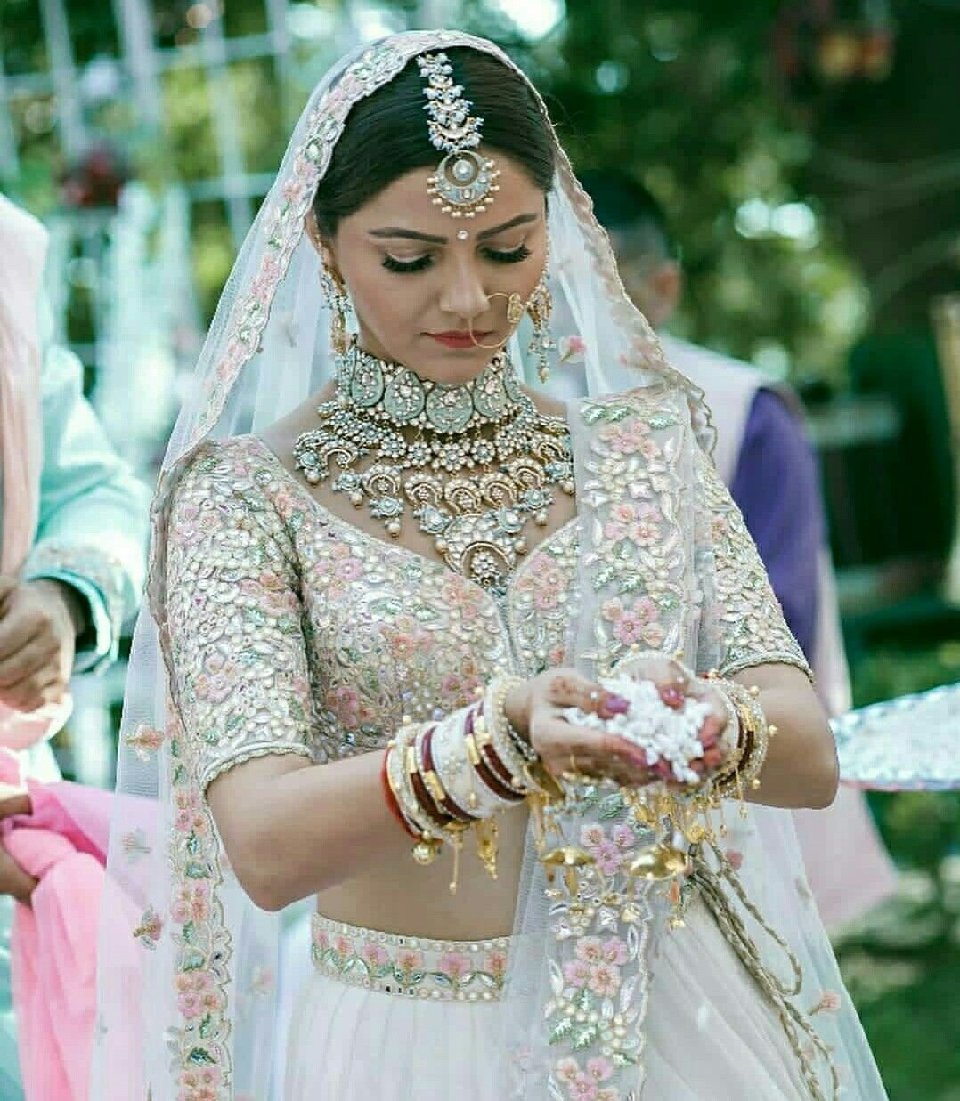 Hindu wedding dress  Pin by urmila jasawat on Bridal photography  Pinterest  Bridal