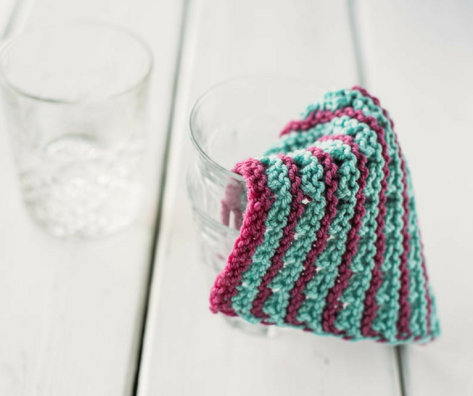 Learn how to knit a dishcloth with these 12 easy patterns ...