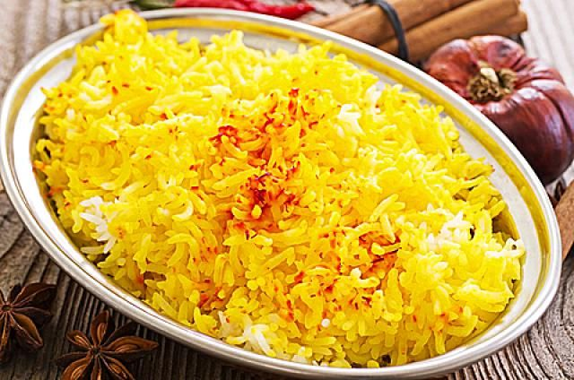 Super Simple Saffron Rice Recipe That S Incredibly Affordable Recipe Saffron Rice Persian Rice Saffron Rice Recipe