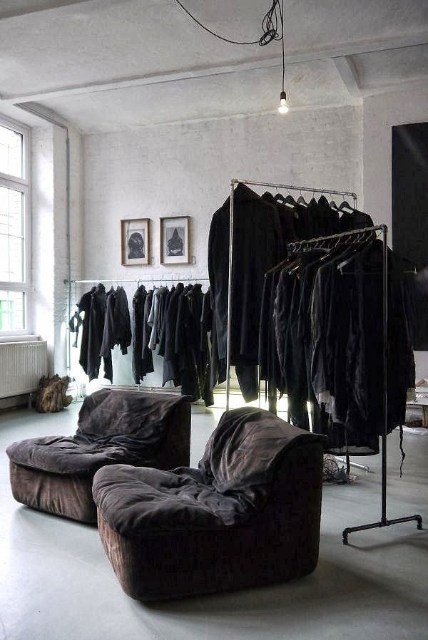 X X X BERLIN   Black Fashion Multi-Label store