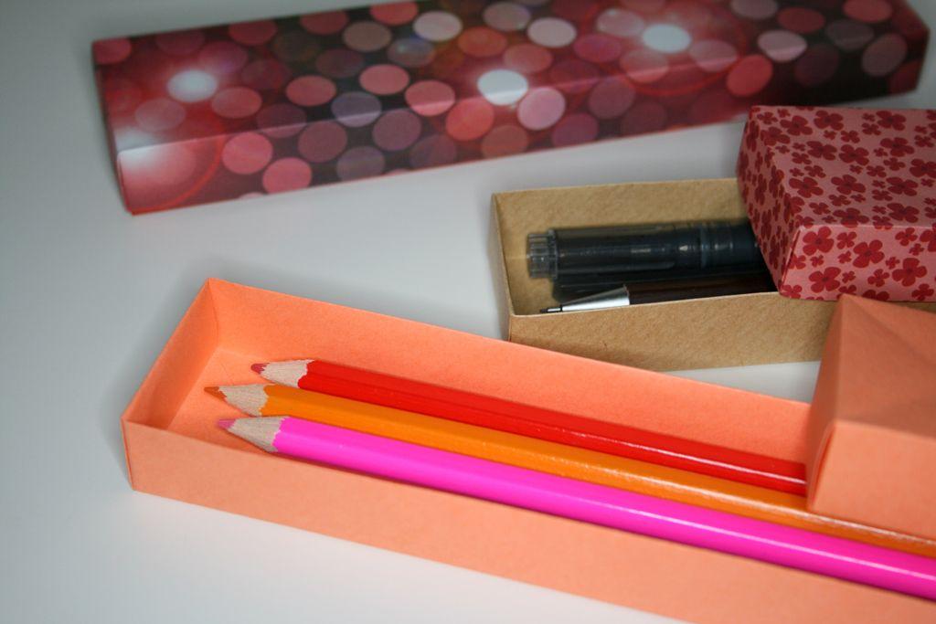 origami pencil box papier recycl. Black Bedroom Furniture Sets. Home Design Ideas